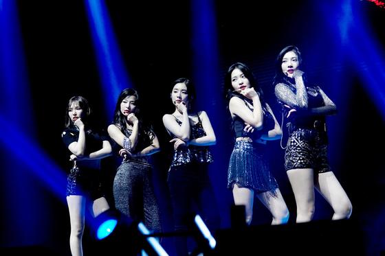 지난 2월 레드벨벳의 첫 미국 콘서트 모습. [연합뉴스]