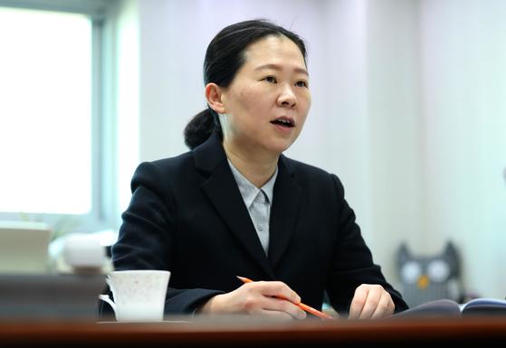 """권은희 바른미래당 의원은 4+1의 공수처 법안에 대해 '고위공직자에 대한 수사를 무력화시키려는 의도가 담겨 있다""""고 지적했다. 김성룡 기자"""