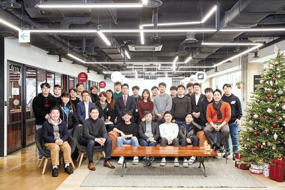 '2019 스튜디오 블랙 데모데이' 행사에는 스튜디오 블랙 입주 기업 10팀과 외부 스타트업 6팀 등 총 16팀이 참가했다. [사진 현대카드]