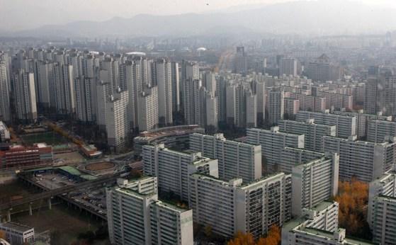 서울 잠실의 한 아파트 단지 모습. [중앙포토]