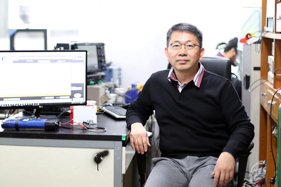 숭실대 전기공학부 최우진 교수, 국내 최초 전기차 배터리 상태 진단 장치 개발