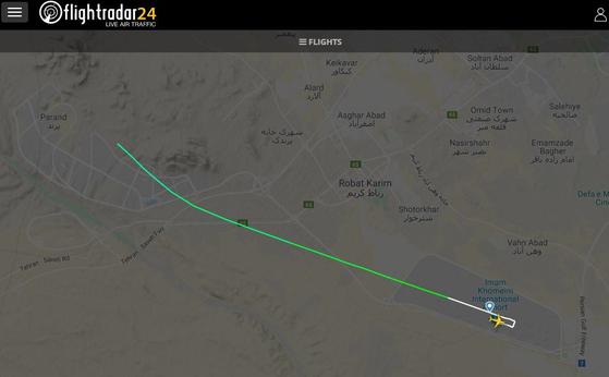 8일(현지시간) 오전 우크라이나항공(UIA) 보잉 737 여객기가 이란 테헤란 이맘호메이니 국제공항을 이륙한 직후 추락했다고 이란 현지 언론이 보도했다. 사진은 항공기 경로추적 사이트인 '플라이트레이더24'에서 공개된 사고기의 비행 경로.