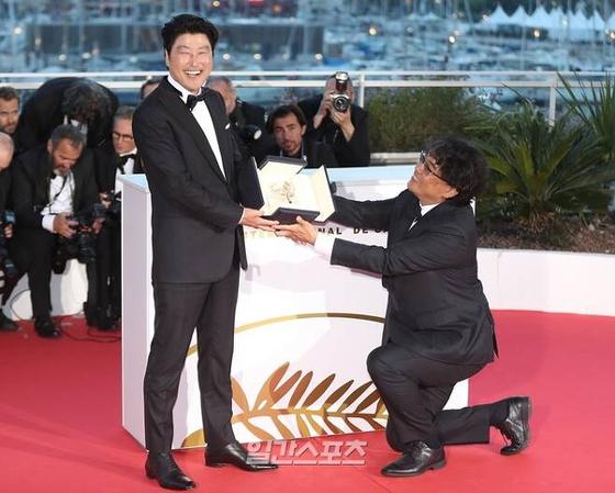 영화 '기생충(PARASITE)'이 지난해 5월 제72회 칸국제영화제에서 한국영화 최초 황금종려상을 수상했다. / 사진=박세완 기자