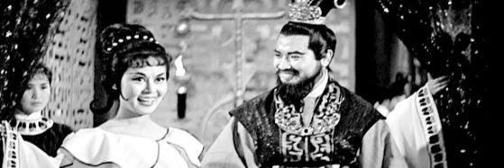 신영균이 중국 톱스타 린다이와 함께한 영화 '비련의 왕비 달기'. 고대 중국을 소재로 한 사극이다. 신영균의 호탕한 면모를 드러내며 동남아에서 큰 인기를 끌었다. [영화 캡처]