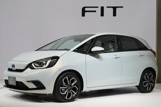 혼다는 지난해 10월 23일 도쿄모터쇼에 소형차인 '피트'의 신형 모델을 내놨다. 신형 피트는 일본 국내에서만 출시할 예정이다. [EPA=연합뉴스]
