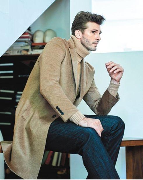 슈트나 재킷을 더 많이 입어야 하는 중년이라면 패딩보다 정통적인 코트가 더 실용적이다. [사진 LF]