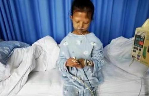 가난으로 인한 영양실조로 사망한 중국 여대생 우화옌. [웨이보=연합뉴스]