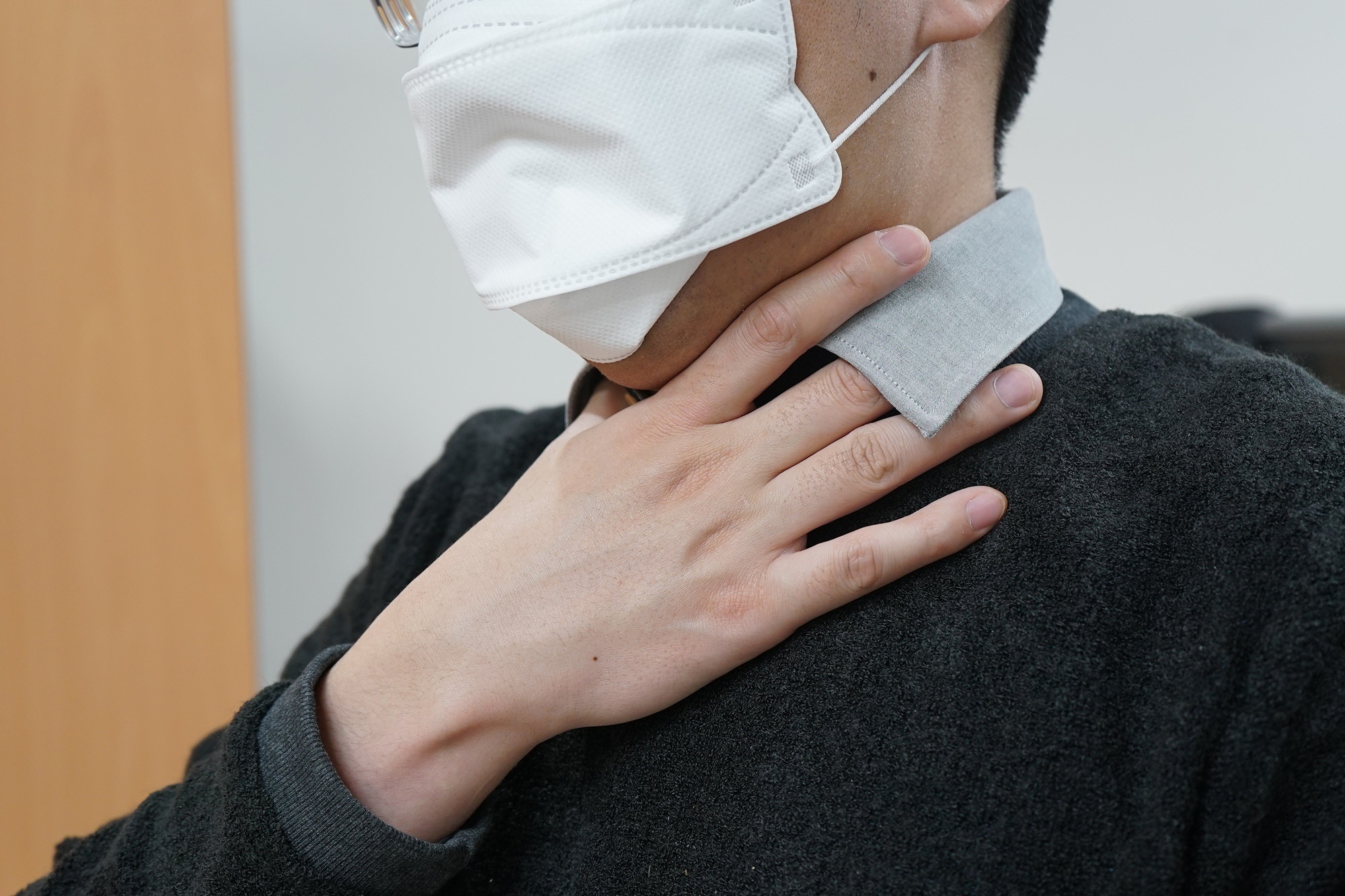 역류성 인후두염에 걸리면 목 이물감이나 쉰 목소리 등의 증상이 나타난다. [사진 고대안산병원]