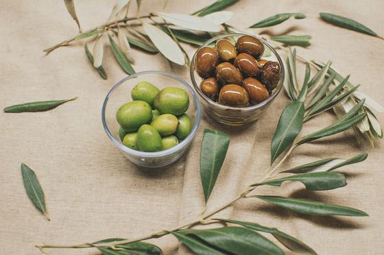 아테나 여신이 시민들에게 올리브를 선물하고 아테네를 차지했다는 일화가 있다. [사진 Pixabay]