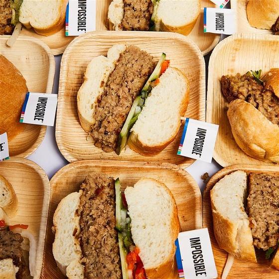 세계 최대 가전 박람회인 CES 2020에서 돼지 고기 대체육을 공개한 '임파서블푸드'. [사진 임파서블푸드 인스타그램]