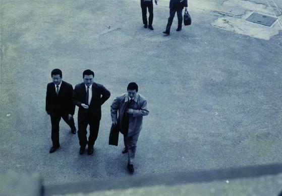 1965년 김포공항에 입국할 당시의 모습. [사진 롯데지주]