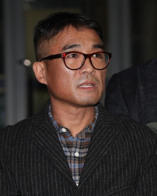 가수 김건모가 15일 / 사진=연합뉴스