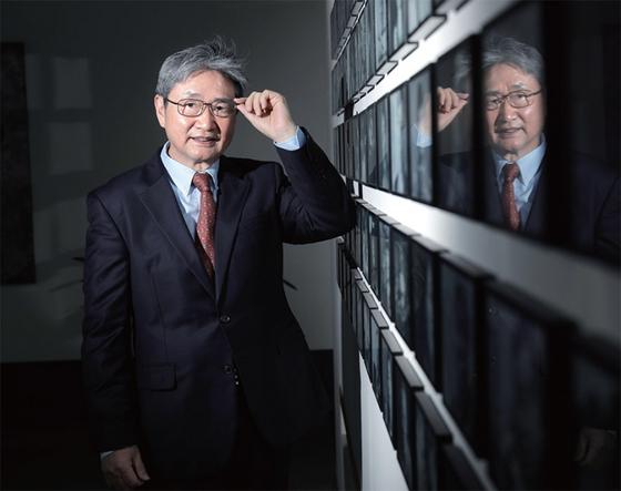 """박보균 대기자는 '이승만 이후 역대 대통령들은 모두 성공한 대통령이라고 생각한다""""며 '나름대로 성공했기 때문에 한국이 여기까지 온 것""""이라고 강조했다."""