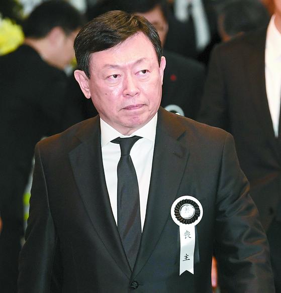'신동빈의 롯데' 굳히기…호텔롯데 상장이 최대 과제