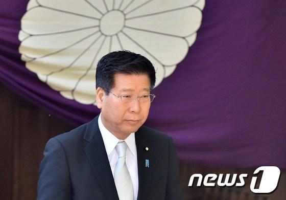에토 세이이치(衛藤晟一) 오키나와 북방 담당상 [AFP=뉴스1]