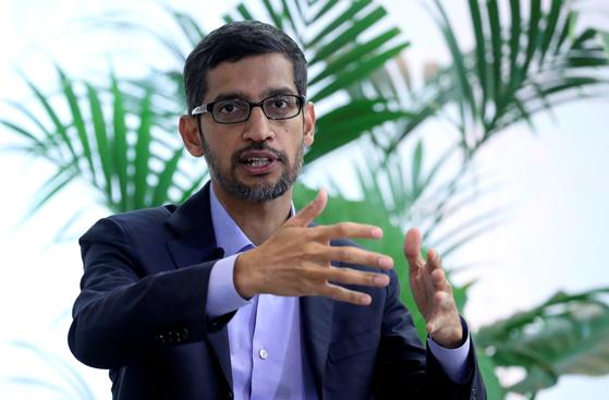 인공지능(AI) 기술에 대한 규제 필요성을 강조한 선다 피차이 구글 CEO의 모습. [로이터=연합뉴스]