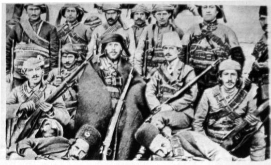 제1차 세계대전 중이던 1916년 주권국가인 이란을 침공해 영국군 및 러시아군과 싸운 오스만튀르크의 군대. [위키피디아]