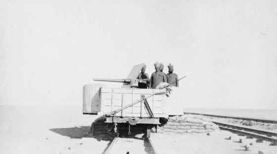 제1차 세계대전 중 주권국가인 이란에 들어와 오스만튀르크 군대와 싸운 영국 식민지 인도의 군대. [위키피디아]
