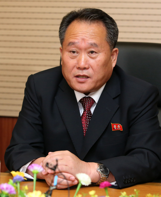 지난 2018년 10월 남북 고위급회담 대표단회의에서 발언하는 이선권. [연합뉴스]