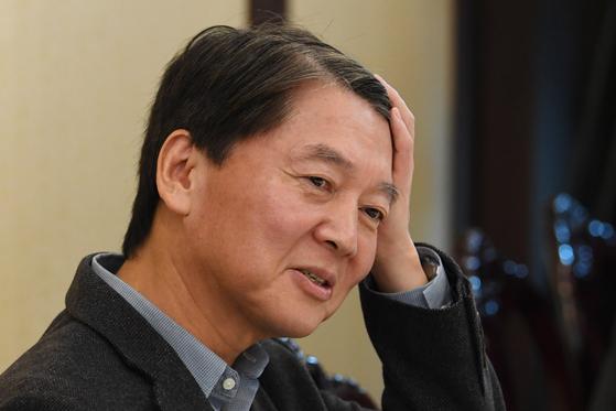 28일 서울 여의도의 한 중식당에서 바른미래당 의원들과 오찬에 참석한 안철수 전 국민의당 대표가 . 임현동 기자