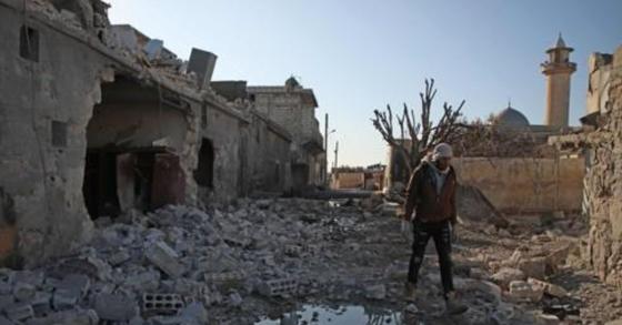 공습으로 파괴된 시리아 이들립 주의 마을. [AFP=연합뉴스]