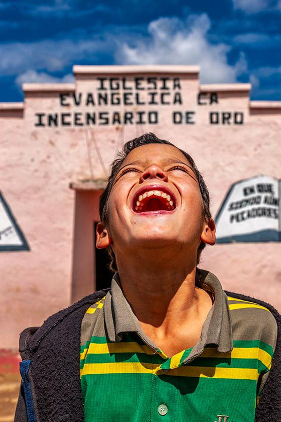 과테말라컴패션에서 만난 한 소년의 환한 미소. [사진 허호]