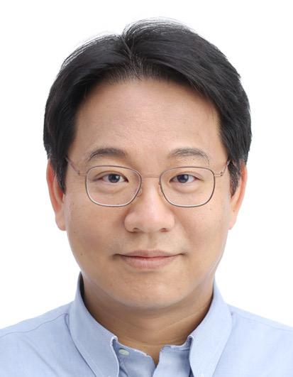 윤성로 서울대 전기정보공학부 교수. [사진 청와대]