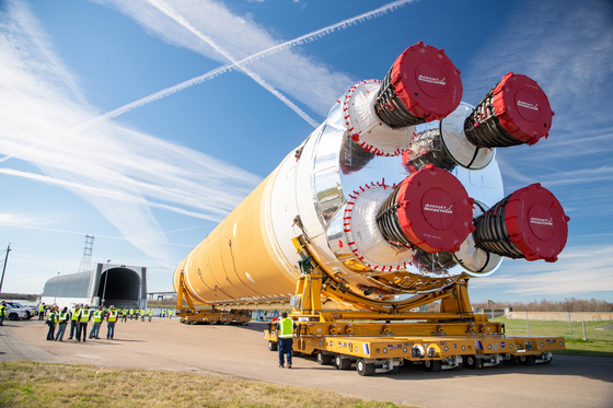 나사(NASA)가 아르테미스용으로 개발한 로켓. [EPA=연합뉴스]
