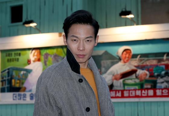 '사랑의 불시착'에서 북한군 표치수 상사 역할을 연기한 양경원 배우. 최정동 기자