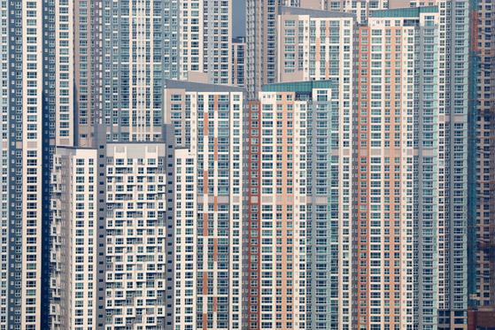 사진은 20일 경기도 수원시내 아파트의 모습. [뉴스1]