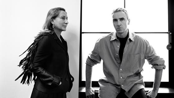 미우치아 프라다(왼쪽)와 라프 시몬스. [사진 프라다]