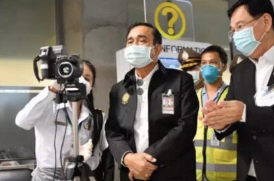 지난달 태국 현지 병원에 방문한 쁘라윳 짠오차 태국 총리. [중국 환구망 캡처]