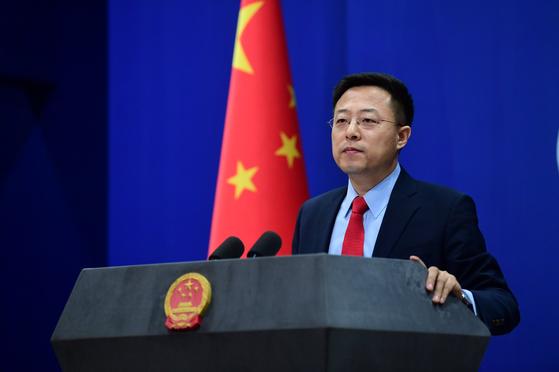 중국의 새 '입'이 된 자오리젠 신임 대변인[트위터 캡처]