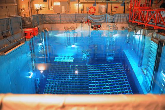 한울 원자력발전소 내 사용후핵폐기물 임시 저장 시설의 모습. [사진 한국원자력환경공단]