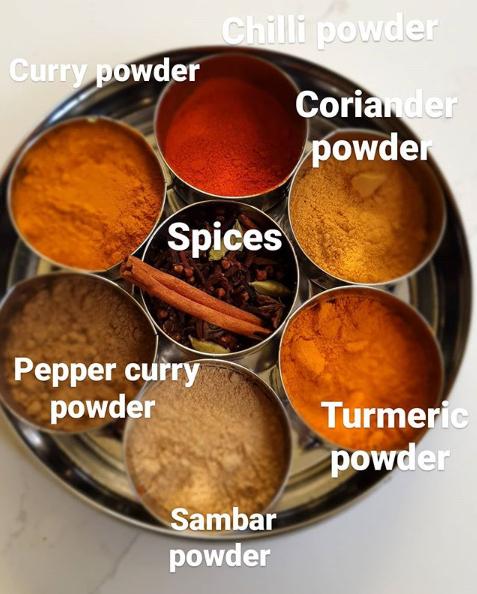 인도식 카레에 들어가는 다양한 향신료. [사진 aishwaryaaroumont 인스타그램]