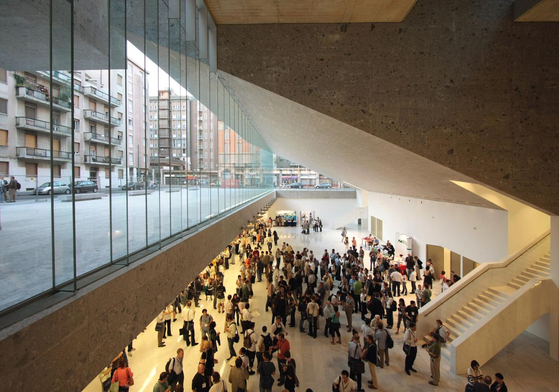 Universita Luigi Bocconi, photo courtesy of Alexandre Soria.[사진 하얏트재단]