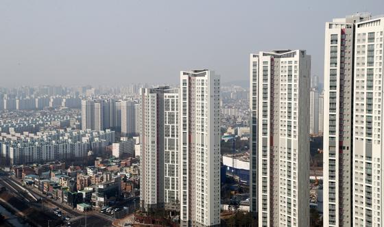 경기도 수원시내 아파트의 모습. [뉴스1]