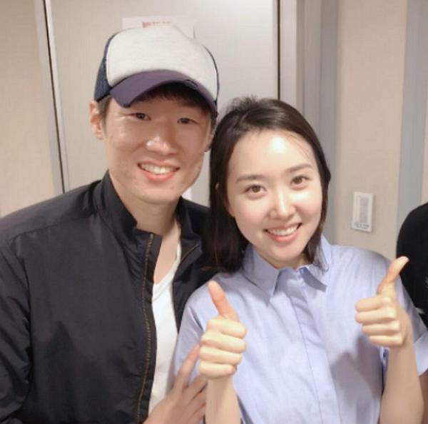 코로나19 극복을 위해 1억원을 기부한 박지성과 아내 김민지 전 아나운서. [사진 에투알클래식]