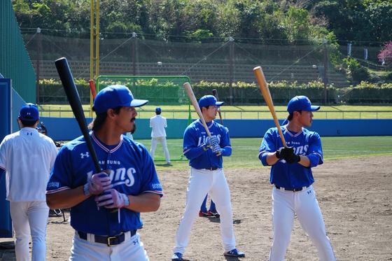 일본 오키나와에서 훈련 중인 삼성 선수들. [연합뉴스]