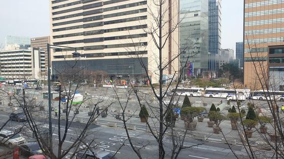 7일 낮 서울 광화문광장 일대. 김민중 기자