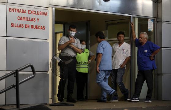 지난 7일(현지시간) 중남미에서 신종 코로나 감염으로 인한 사망자가 처음으로 나왔다. 60대 남성이 숨진 아르헨티나의 한 병원의 모습. [신화통신=연합뉴스]