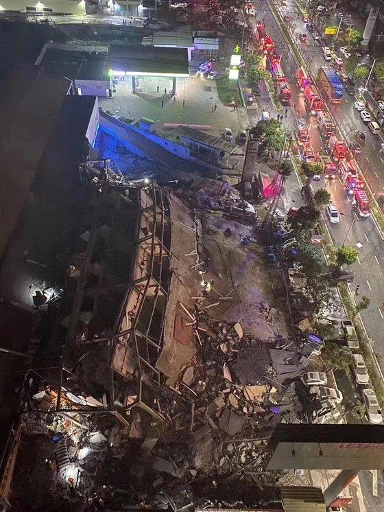 중국 푸젠성 취안저우에서 코로나19 격리시설로 이용되던 호텔이 무너져 70여명이 갇히는 사고가 지난 8일(현지시간) 발생했다. 중국 제일재경망 캡처