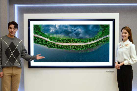 LG전자가 처음으로 '갤러리' 디자인을 적용한 2020년형 LG 올레드 AI 씽큐(ThinQ). 사진 LG전자