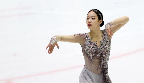 지난 2월 열린 제101회 전국 겨울체육대회 피겨스케이팅 여자 16세이하부 쇼트프로그램에서 유영이 연기를 펼치고 있다. 뉴스1