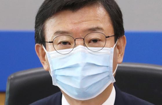 문성혁 해양수산부 장관이 9일 정부세종청사에서 열린 '코로나19 대응을 위한 수산단체 간담회'에서 발언하고 있다. 연합뉴스
