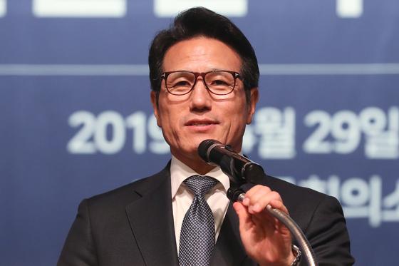 4·15 총선에 불출마를 결정한 미래통합당 5선 정병국(경기 여주·-양평) 의원. [연합뉴스]