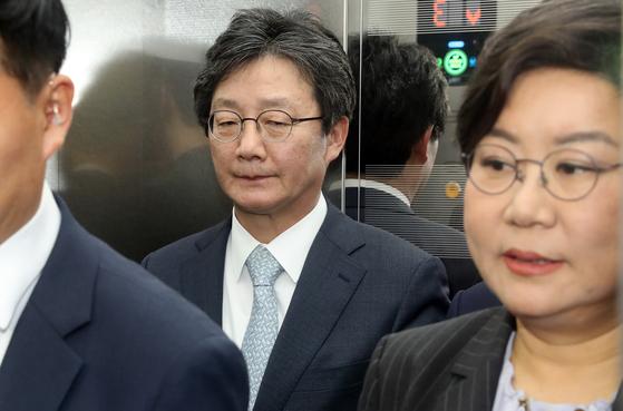 유승민(왼쪽)의원과 이혜훈 의원. 뉴시스