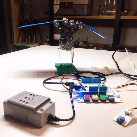 [톡톡에듀] 과학상자, 로봇으로...코로나 개학 연기 집에서 도전하는 메카코딩 미래교육