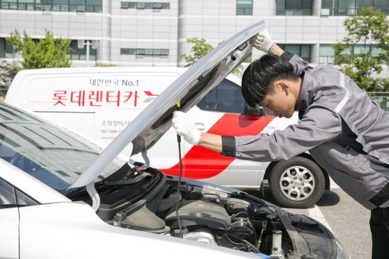 롯데렌터카는 전국 220여 개 영업망과 22만 대가 넘는 차량을 보유하고 있다. [사진 롯데렌터카]