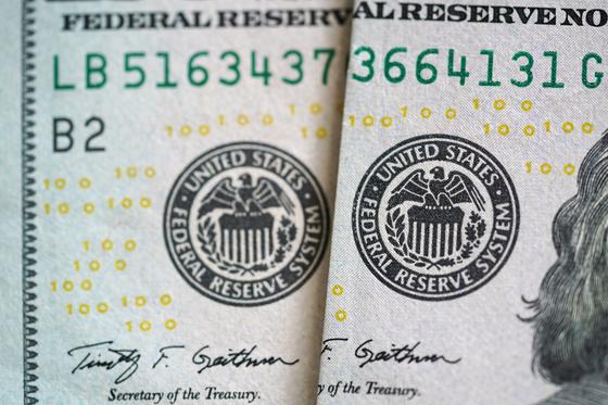 달러화에 찍혀있는 미국 연방준비제도(Fed) 직인. 연합뉴스